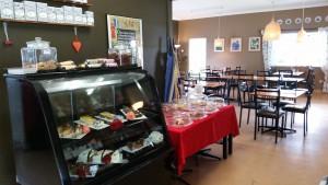 cafe_inside_2